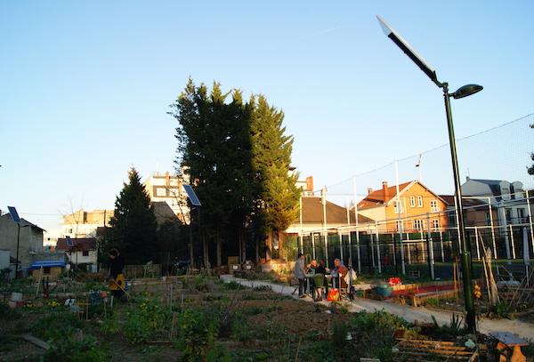 Scène de la vie au jardin des Nouveaux. Crédits photo : Isabelle Artus