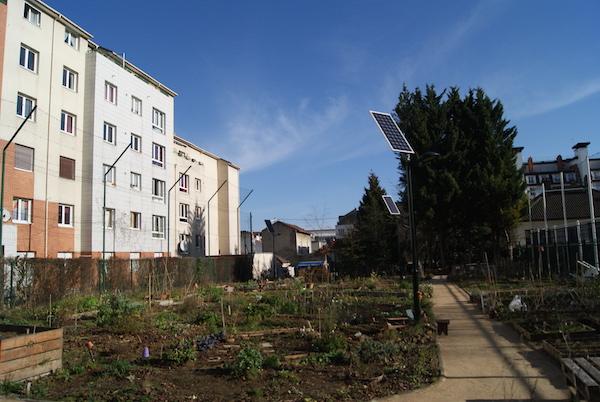 Le jardin des Nouzeaux en plein hiver.